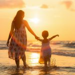 女性の離婚!親権を取らない母親への世間の風当りは厳しい!?